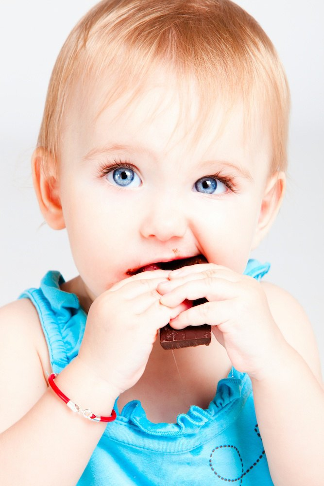 Gagging can be very scary for parents. Here are some things to look for that will keep your baby safe while allowing them to develop their eating skills.