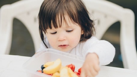 Do you have a toddler who is starting to want to snack all the time? Or constantly saying that they're hungry? Learn why you should implement a feeding schedule for toddlers, and how it can help save your sanity as well as improve your child's eating habits exponentially. Get tips here from a registered dietitian and child feeding expert!
